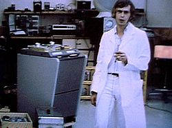 'Magic Alex' at Apple Electronics