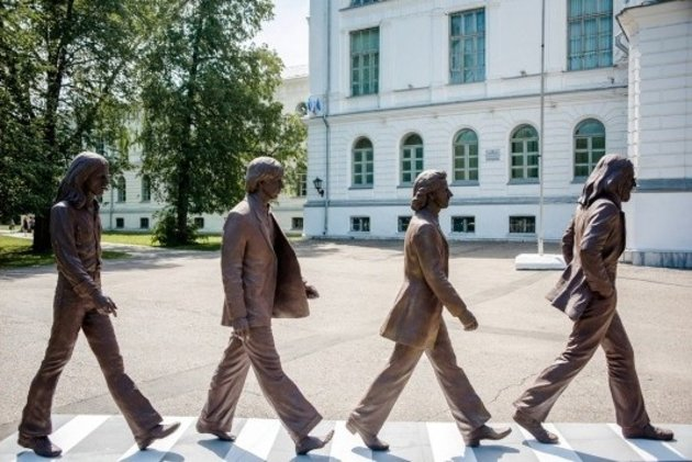The New Abbey Road Statue In Russia