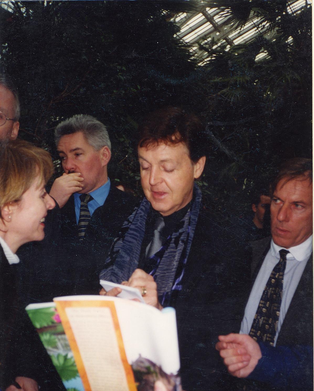 Paul McCartney in Kew Gardens
